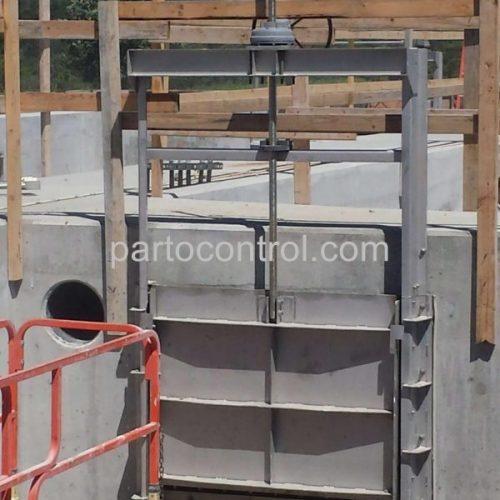 دریچه کشوییSliding valve scaled e1592034563850 500x500 - پروژه دریچه آب بند