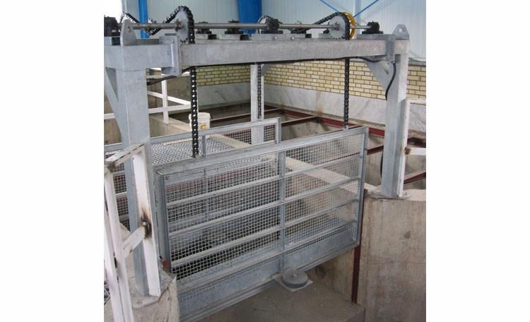 بهترین محل جهت نصب آشغالگیر و چربیگیر در پکیج تصفیه فاضلاب کدام قسمت است؟2 - بهترین محل جهت نصب آشغالگیر و چربیگیر در پکیج تصفیه فاضلاب کدام قسمت است؟